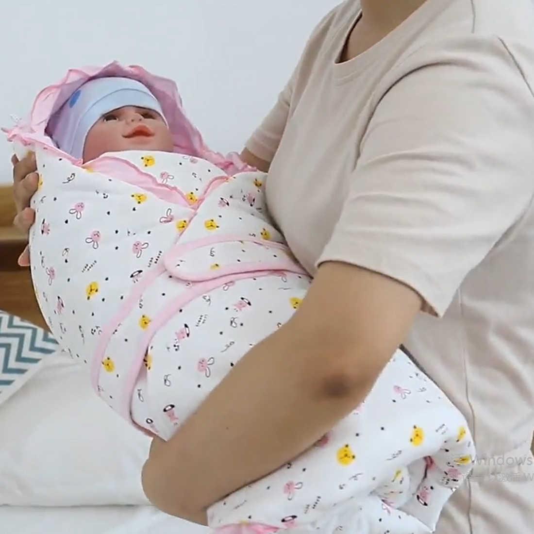 ベビー抱擁毛布新生児かわいいソフト綿寝袋防風帽子用品春冬のない蛍光剤
