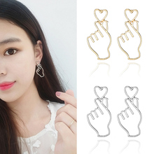LNRRABC 2018 new Fashion Women Piercing Heart Gifts Pierced Simple Stainless Jewelry Earrings for women Accessories oorbellen