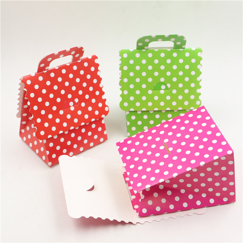 100pcs Lot Baby Shower Red Gifts Boxes Hot Pink Candy Box Birthday Party Kids Favors Green Polka Dots Decoration Paper Supplies In Gift Bags Wrapping
