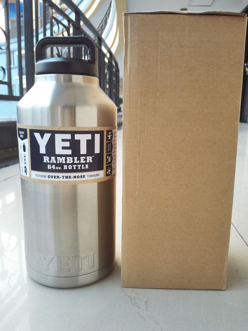 64oz <font><b>YETI</b></font> <font><b>Rambler</b></font> 304 Stainless Steel <font><b>Cups</b></font> Large Capacity Cooler 64 oz <font><b>yeti</b></font> <font><b>Rambler</b></font> <font><b>Tumbler</b></font> <font><b>Cup</b></font> <font><b>Vehicle</b></font> Beer Mug Double Bilayer