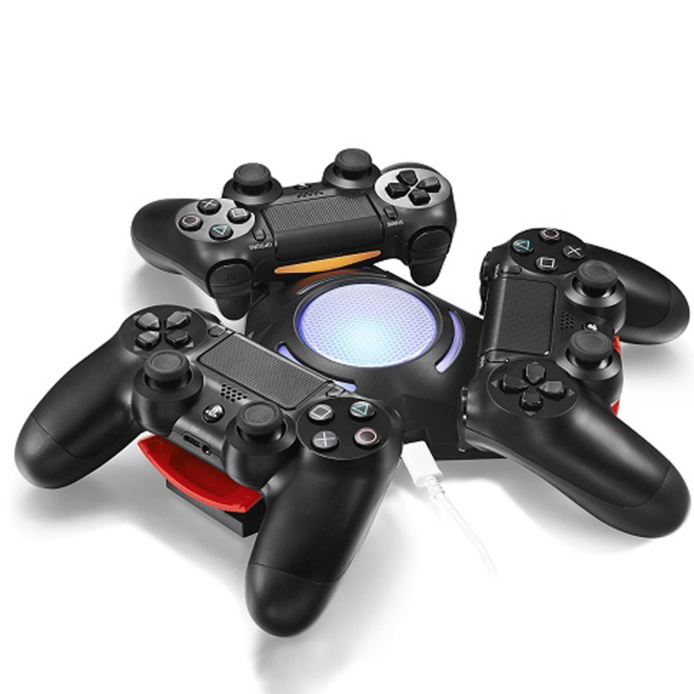 Triangle Triple Port Charge Station for PS4 Controllers