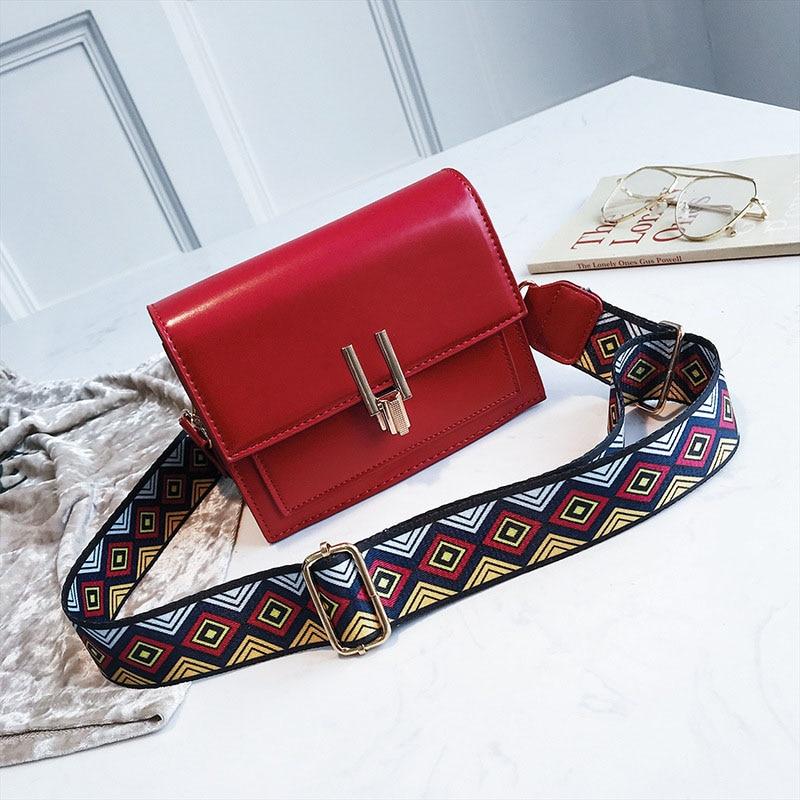 New Women Fashion Width Shoulder Bags INS Popular Female Exquisite Solid Handbag Mini Flap Lady Travel Chains Crossbody SS3474 (11)