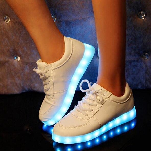 ФОТО 2017 Unisex USB Battery LED Luminous Casual Shoes Mens 7 Kind of Light Alternately PU Leather Shoes Man Fashion Waterproof Shoes