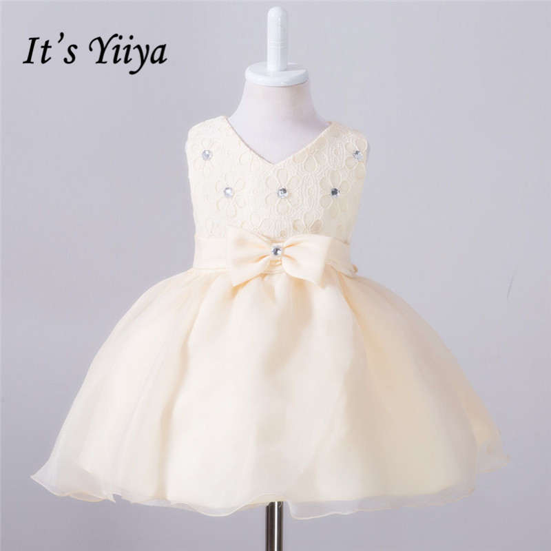 It's YiiYa 5 Colors Sleeveless V-Neck Crystal Sashes Pattern Lace Bow Kids Princess   Flower     Girls     Dress   Communion   Dress   TS086