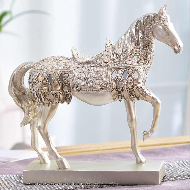 Home decoration European wine cabinet ornaments . Horse retro room furnishings furnishings, desk handicrafts