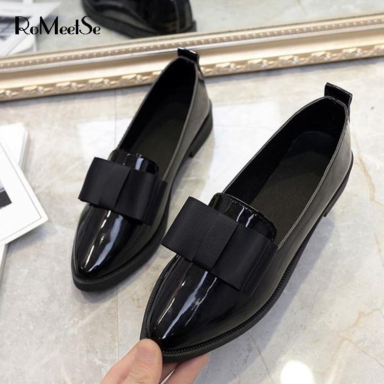 Женские классические туфли оксфорды RoMeetSe, черные повседневные туфли с острым носком, на плоской подошве, удобные слипоны Обувь без каблука      АлиЭкспресс