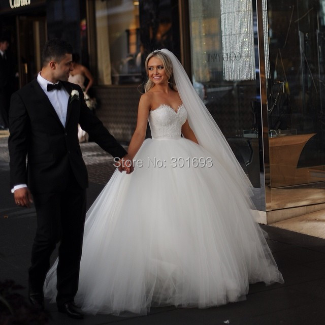 OW97 Oumeiya Real Sample Sweetheart Puffy Ball Gown Wedding Dresses 2015 In From Weddings Events On Aliexpress