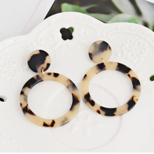 Cuteeco New Fashion Leopard Earrings Acetate Personality Atmosphere Exaggerated Edition Geometric Round Acrylic Earring