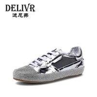 Delivr/повседневная обувь на плоской подошве для женщин 2019 весенние кроссовки для женщин бриллиантами модная Вулканизированная обувь из нату