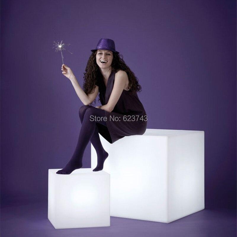 Wasserdichte Moderne Led Beleuchtet Bar Möbel 80 Cm Big Cube Leuchtende Led Barhocker Barhocker Akku Cube Stehtisch PüNktliches Timing