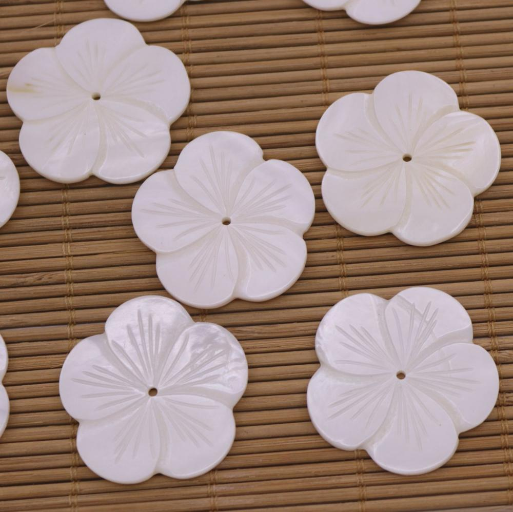 Купить с кэшбэком 10 PCS 35mm Flower Shell Natural White Mother of Pearl Charms