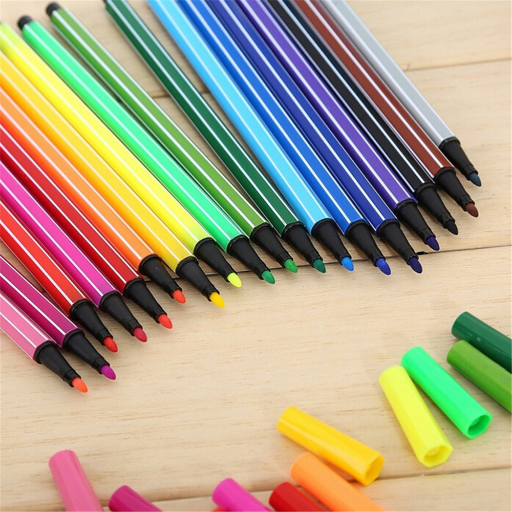 Plastic Pen-to-necklace Magic Trick Prop for Party Birthday Funny Toy 30.7/'/'