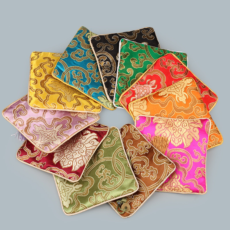 11.5x11.5cm Chinese Style Jewelry Pouches Vintage Bags Embroidery Square Zipper Flower Tassel Decor Gifts Bag Pouch