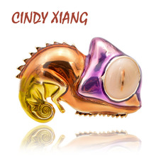 CINDY XIANG New Very Cute Chameleon Lizard Brooch Enamel Animal Pin Cartoon Jewelry Kids Women Small Brooches Summer Style Gift