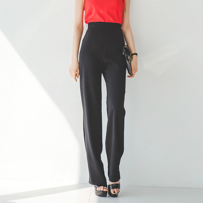 Simply start your look by slipping into a pair of high waisted pants from ModCloth! Starring divine details that celebrate your figure with a sleek, high-rise silhouette, handy pockets, and retro buttons to pair with your favorite collared shirt, our high waisted pants will always ensure a chic look.