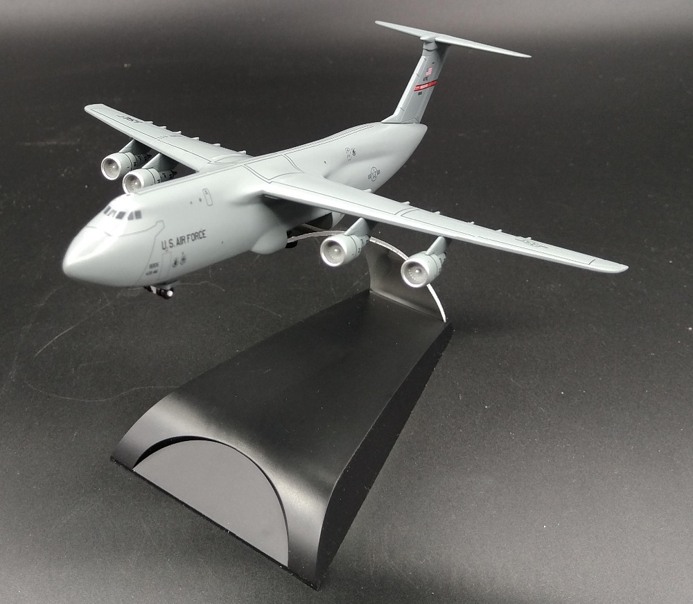 1:400 American C-5A Galaxy long distance transporter model 56347 Alloy aircraft model Collection model Holiday gift