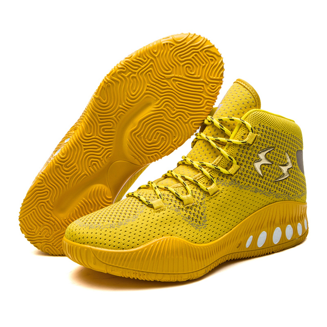 Mens New Cool Basketball Shoes Men Mesh Different Colors Breathable