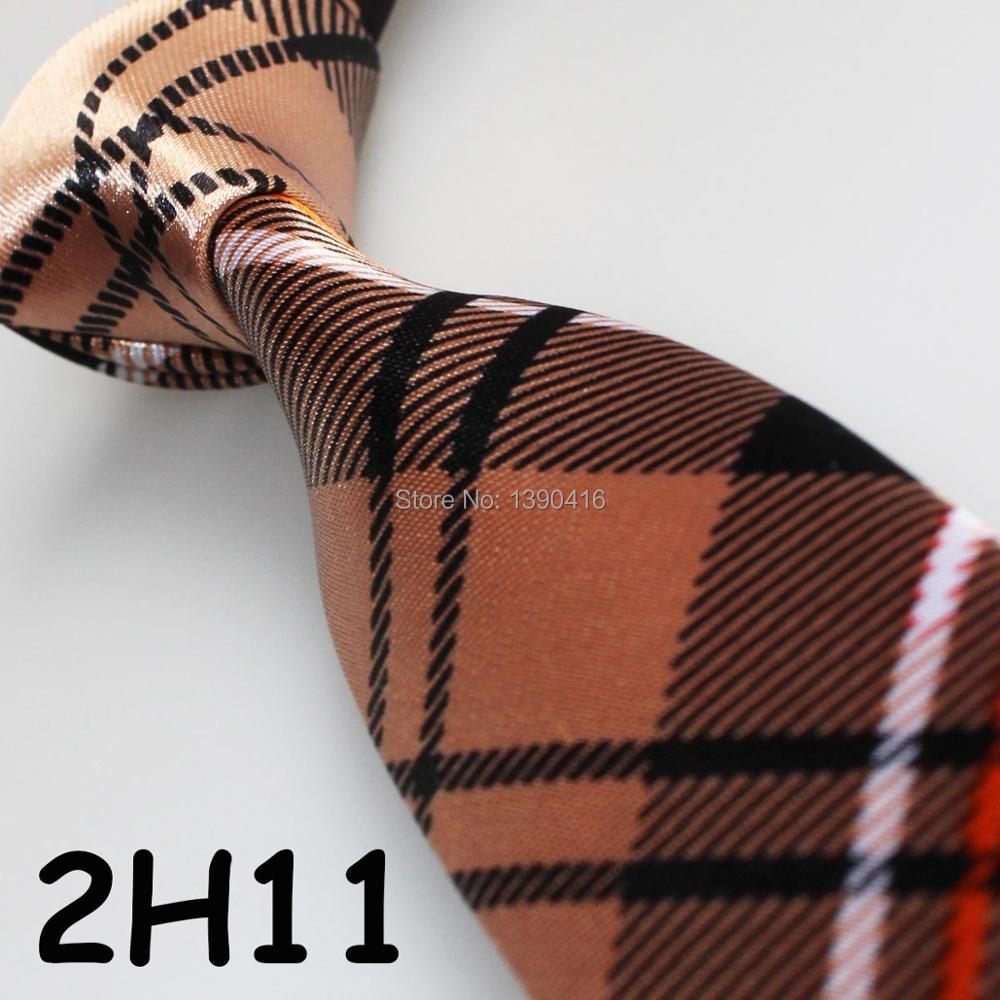 XINCAI Cheap Sell ! Hot Sell ! 2018 Latest Style Popular/Good Quality/Fashion Camel Grid Striped Business neckties/men silk tie