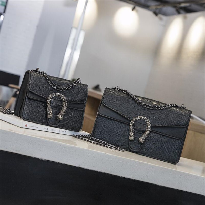 Luxury Handbags Women Bags Designer 2018 Alligator PU Leather Version Of Black Blue Gray Clutches Chains Ladies Crossbody Bags 17