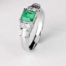60555cb34 Color de plata anillos de cristal con una gran piedra verde de los anillos  de boda para las mujeres mujer anillos de joyería ven.