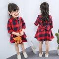 2017 детская одежда детская одежда хлопка с длинным рукавом платье ребенка дети девочки принцесса красный плед платья с поясом