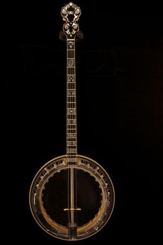 Vintage Ome Banjo
