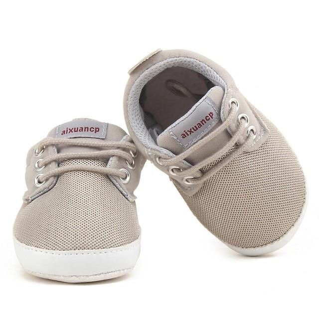 Новорожденных Для маленьких мальчиков Обувь для малышей Демисезонный для маленьких мальчиков мягкая подошва Обувь младенческой Холст Обувь для младенцев 0-18 месяцев