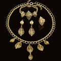 2017 Nova Hot Sales Casamento Nigeriano Beads Africanos Jóias Define Dubai Banhado A Ouro Conjuntos de Jóias Traje Romântico Projeto Longo
