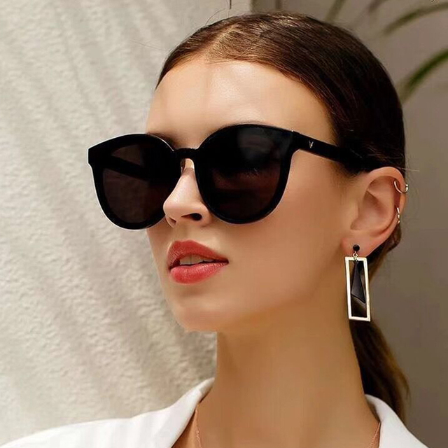 2019 New Women Sunglasses Korea V Brand Gentle Monster Sunglasses Star Sunglass Fashion Lady Vintage Sunglasses Luxury Package