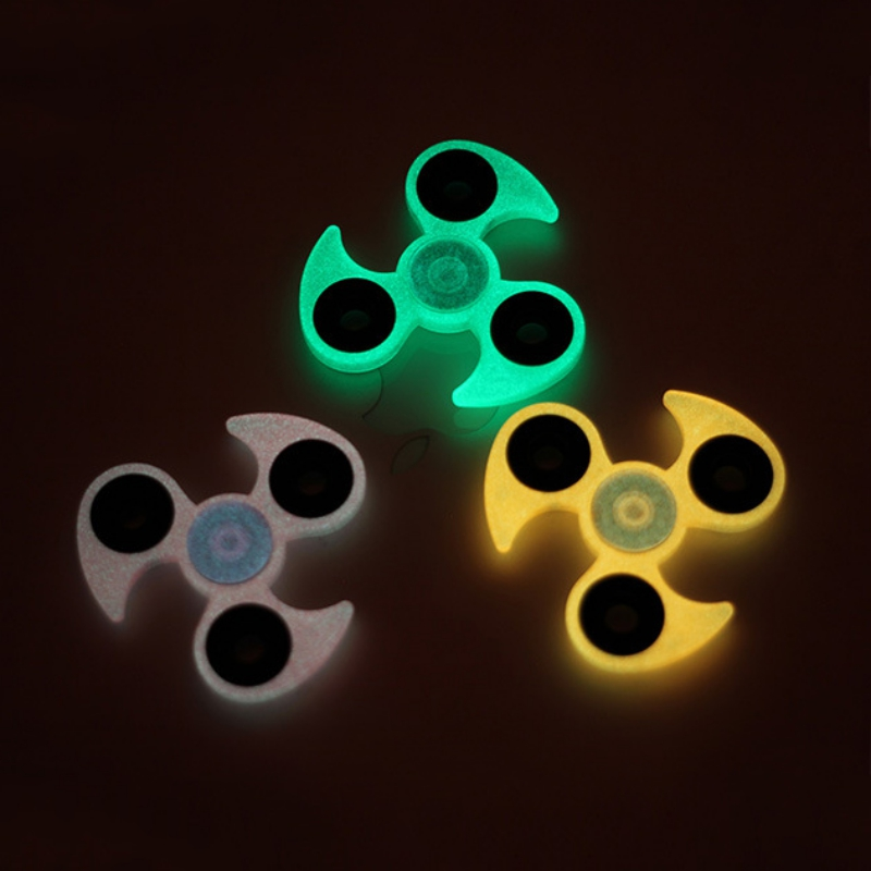 Popular Glow In The dark ABS Three Corner Children Toy EDC Hand Spinner For Autism and ADHD Anxiety Stress Relief Child Adult new arrived abs three corner children toy edc hand spinner for autism and adhd anxiety stress relief child adult gift