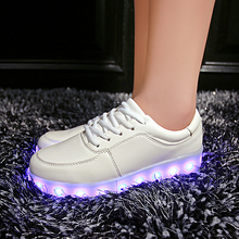 Femme luminous Led shoes Usb Charge lights up Men&Adults colorfull glowing shoe neon casual basket trainers 11 Colors Led shoes