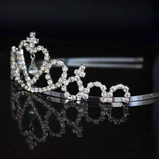 Celebrity Cute Little Girl Rhinestone Princess Crown Headband Tiara Hair  Sticks Bandeau Avec Strass e8ad502ae0ab