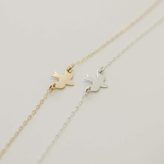 10PCS Flying Soar Bird Náhrdelník Malý vlaštovka Baby Bird náhrdelník Abstrakt Minimalistický jednoduchý plochý mír Dove řetězové náhrdelníky