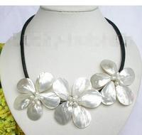 Wholesale Lovely Women's Wedding Jewelry Baroque bloom white pearl seashell choker leather necklace