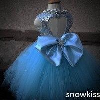 אור כחול מבעבע ארוך בחזרה שמלות נשף עם קריסטלים ואגלי חלולים נצנצים קשת חתוך יפה יום הולדת תחרות בנות glitz