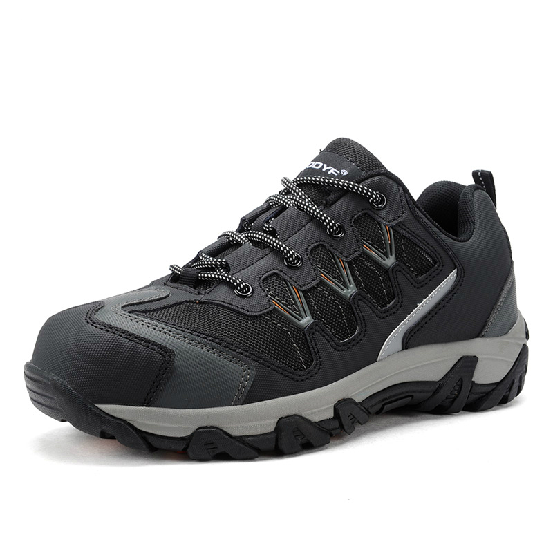 стальной носок туфли