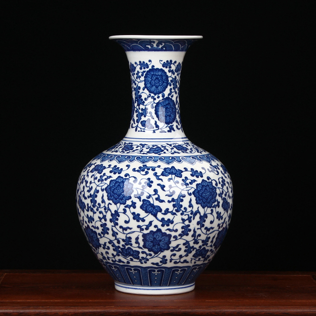 Antique Chinese Blue And White Porcelain Vases For Home Decoration