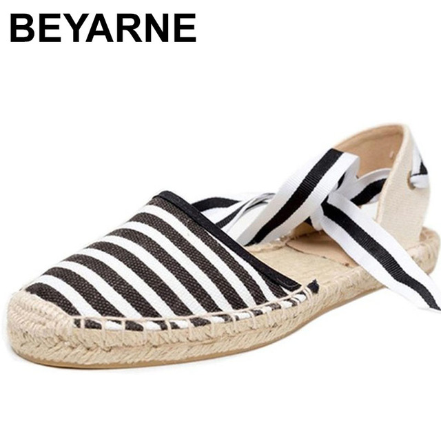 BEYARNE חדש אופנה מזדמן נשים 2018 חדש הגעה שחור רטרו וינטג גבירותיי נשים בד מזדמן גדול יותר גודל Breat נעליים
