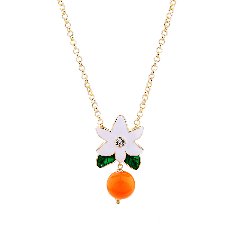 Cute White Flower Green Leaf Orange Bead Pendant Necklace 2017 Summer Women Fashion Jewelry