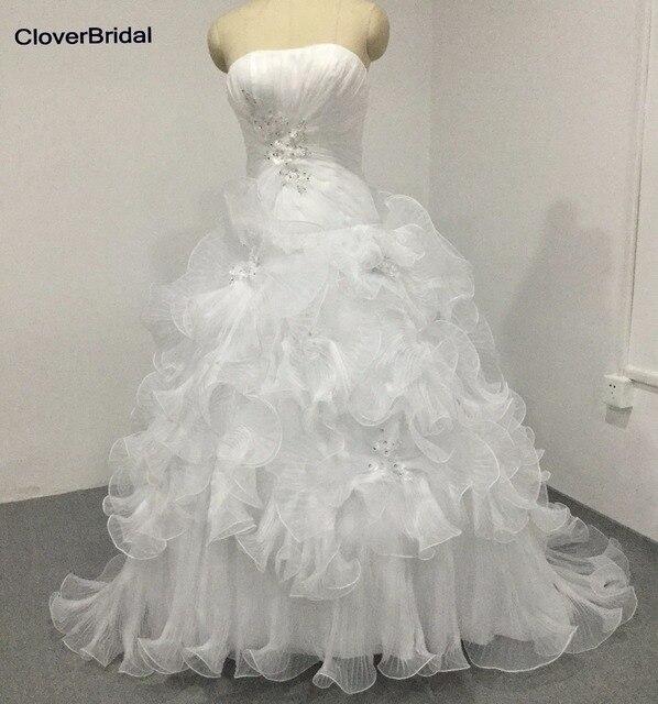 Senza spalline Una Linea pieghe increspature big floreale fogli organza  bianco abito da sposa con applicazioni 5da89113ae3