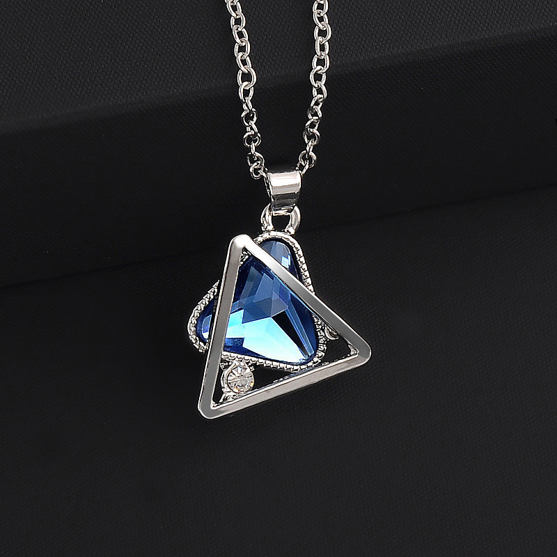 New fashion geometric hollow crystal double triangle pendant necklace for women Silver color personality Jewelry
