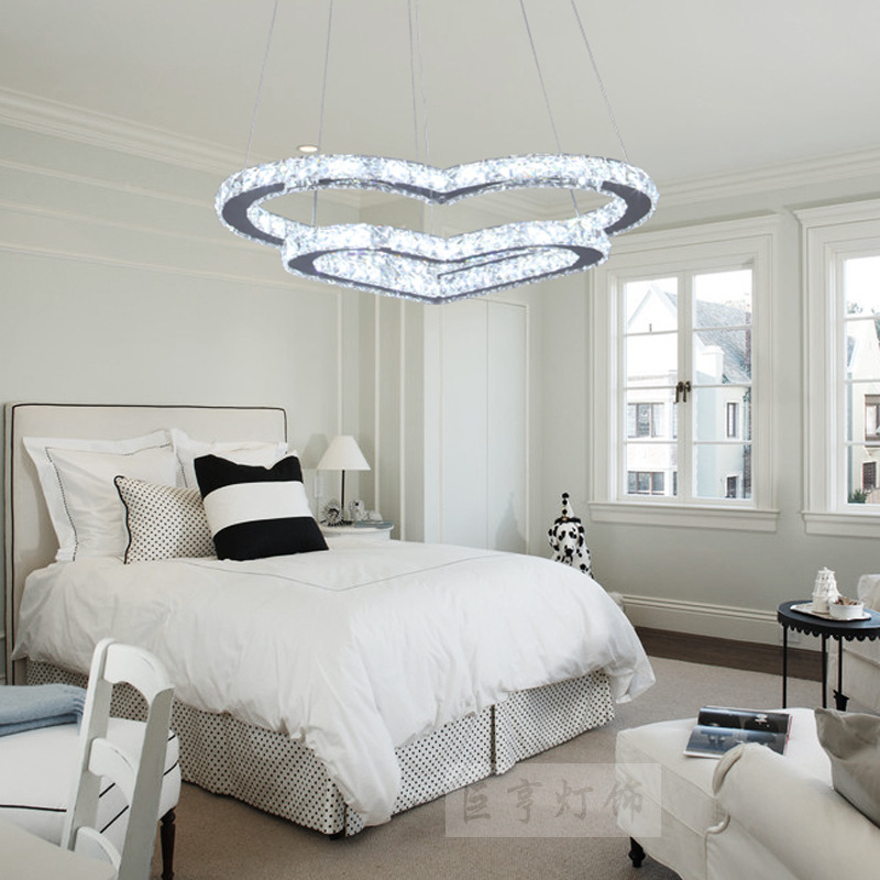 Modern and simple crystal chandelier creative meals chandeliers cozy bedroom lamp heart shaped pendant led lamps decorated in chandeliers from lights