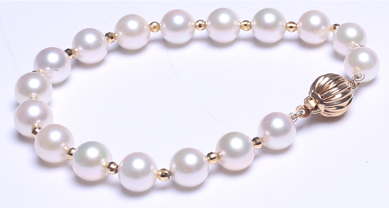 Akoya Pearl Bracelet detail 2