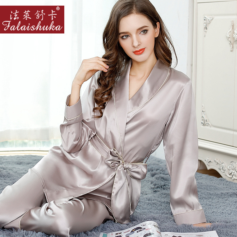 Sexy Silk Pajamas Female Autumn 100% Natural Silk Long-Sleeved Pajama Pants  Sets Sweet Lace Elegant Lady Sleepwear T8010 91751e861