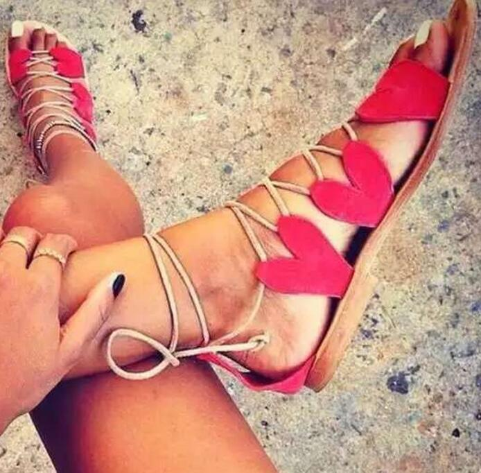 Summer Hot Red/Black Suede Leather Heart Shape Women Lace Up Sandals Sexy Open Toe Gladiator Style Ladies Flat Sandal Dress Shoe new 2017 hot selling fashion women luxury sexy black gladiator cuts out open toe lace up back 100 mm phaedra peacock sandals