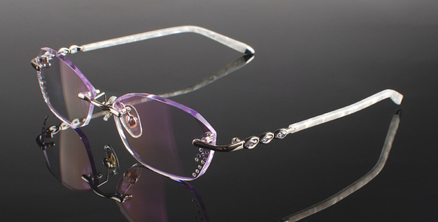 dab85e156e7c Pure titanium Eyeglasses Frame Diamond cutting edges Fashion Silver lady  glass eyewear frame unisex decorations optical