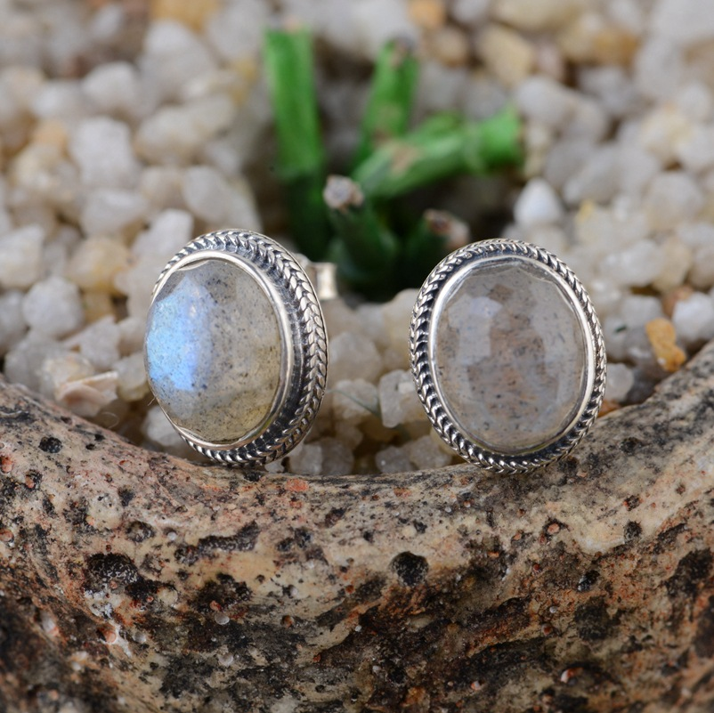 Moonstone S925 earrings silver inlaid antique craft female models simple fashion earring circular air section