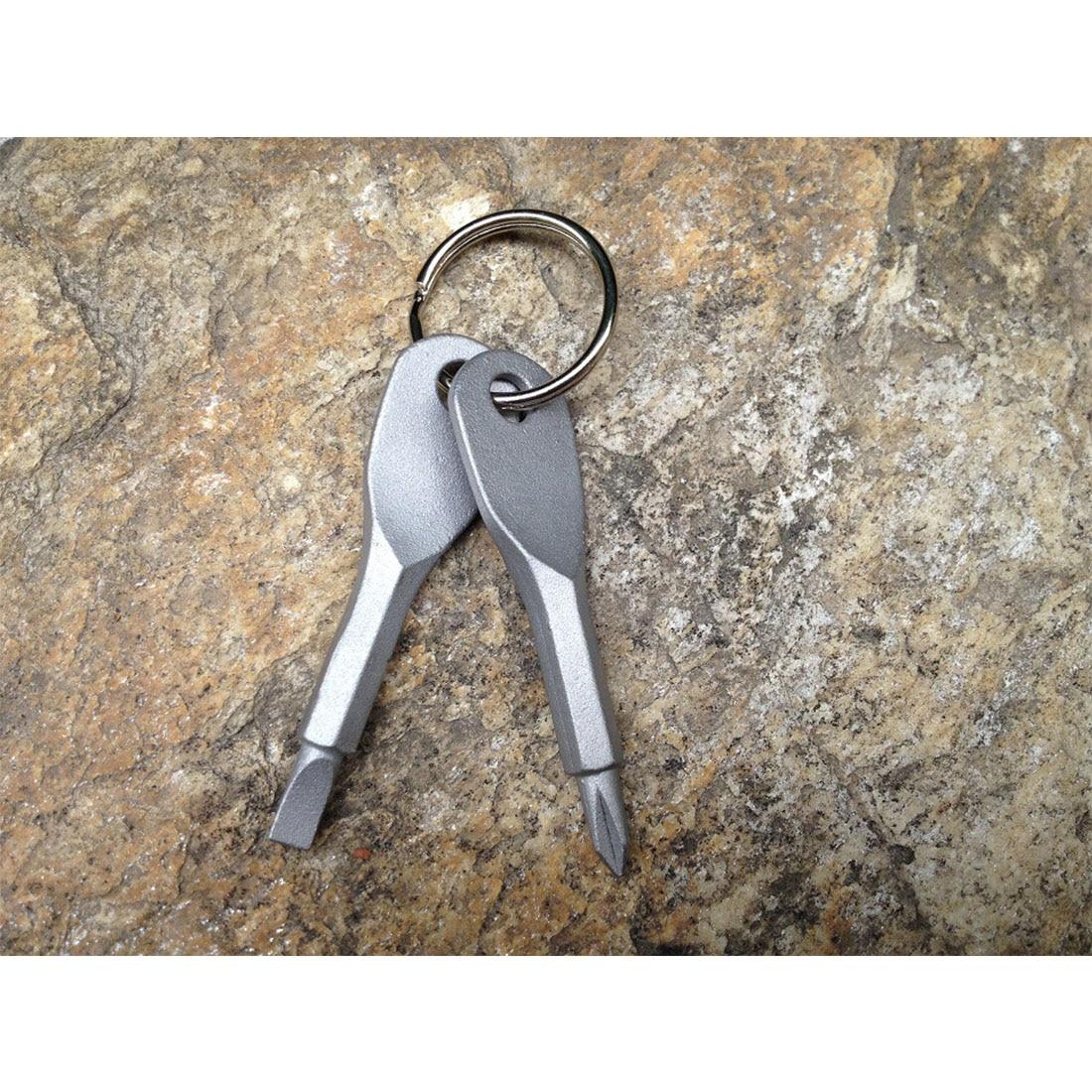 Precision Cast Steel 2pc Mini Slotted Key Shape Screwdrivers