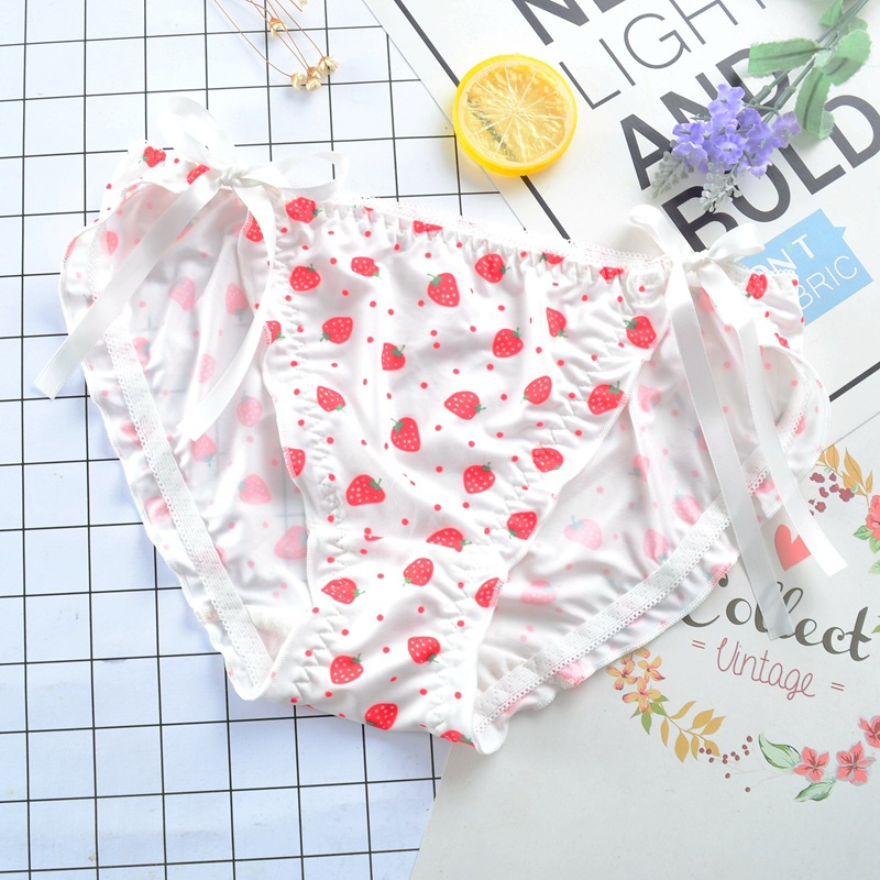 Strawberry Girl   Panties   Cute Lovely Sweety Japanese Style Lacing Sexy Underwear Milk Silk Soft Women Underwear Low Waist Breifs