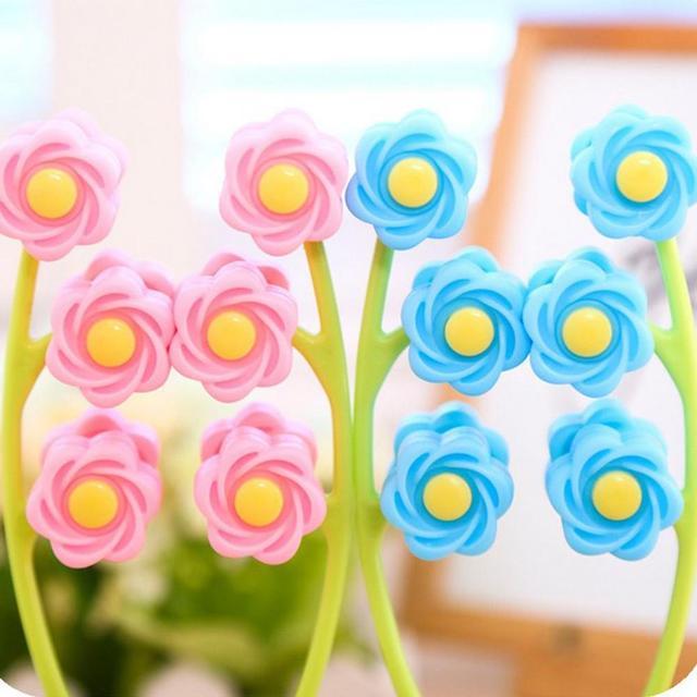 Portable Flower Shaped Lift Up Facial Massager Roller